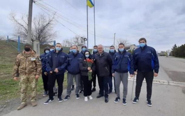 Українські моряки із затонулого в Румунії судна повернулися додому