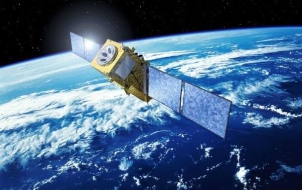 Американський супутник вибухнув на орбіті