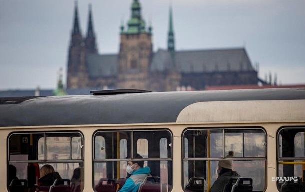 У Чехії продовжили локдаун до Великодня