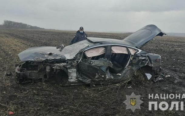 На Харьковщине шесть человек пострадали в ДТП с Tesla