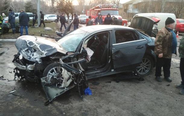 В Донецкой области в ДТП три человека погибли, еще три получили травмы