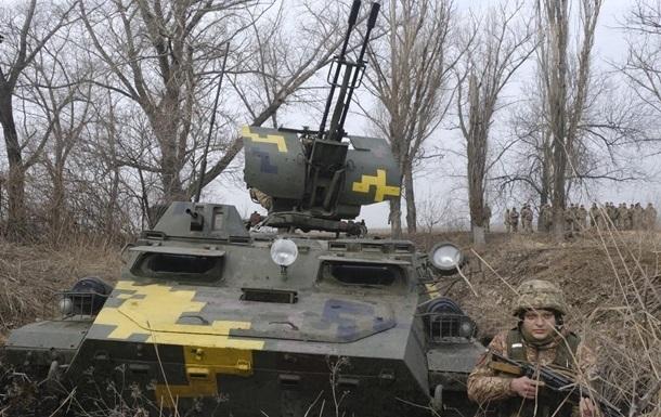 На Донбасі за добу чотири обстріли, втрат немає