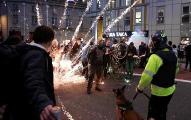 У Великій Британії спалахнули масові заворушення