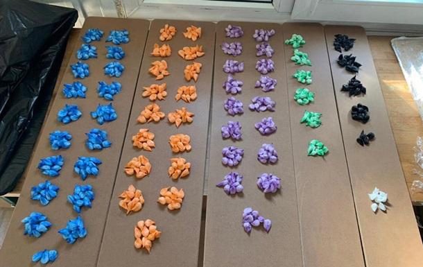 Перекрыта контрабанда наркотиков в детских товарах