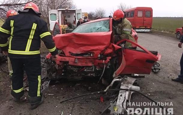 У Миколаївській області двоє неповнолітніх загинули в ДТП