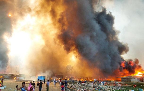 В Бангладеш произошел крупный пожар в лагере беженцев