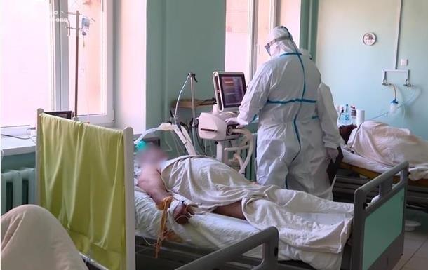 В Україні антирекорд за кількістю смертей від COVID