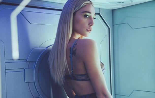 Івлєєва знялася для Playboy в образі кібер-діви