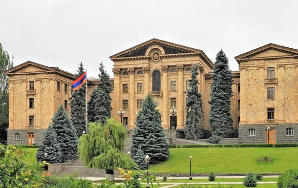 У Вірменії скасували воєнний стан