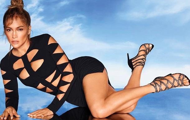 Джей Ло в оригінальному костюмі знялася в рекламі