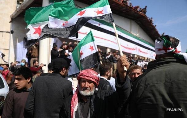 В Сирии погибло 10 человек, когда боевики хотели отобрать у них гумпомощь