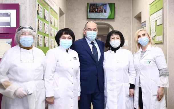 Степанов: За відмову щепитися медиків не звільнятимуть