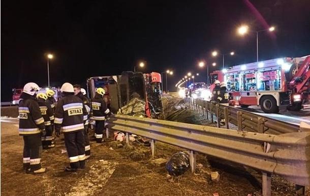 ДТП з українським автобусом в Польщі: померла ще одна людина
