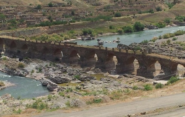 У Нагірному Карабаху російська мова стала другою державною