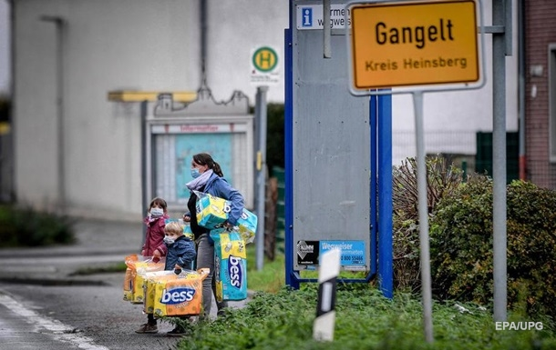 СМИ предрекают дефицит туалетной бумаги в мире