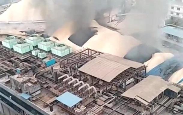 Внаслідок пожежі у COVID-лікарні в Індії загинули шестеро осіб