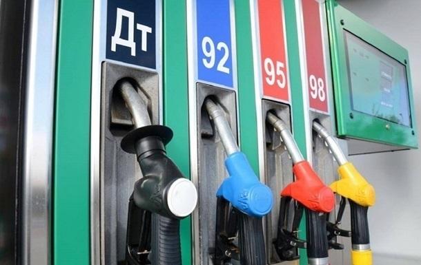 АМКУ рекомендует сетям АЗС снизить стоимость топлива
