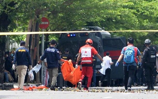 Біля католицької церкви в Індонезії стався теракт