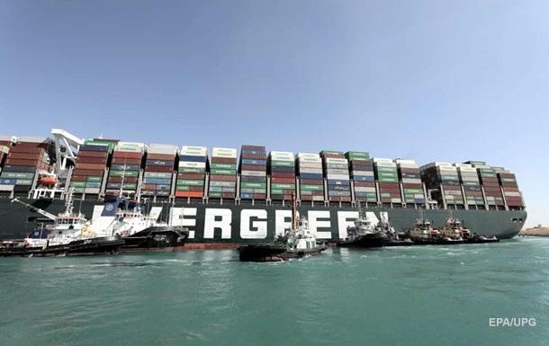 Египет оценил потери из-за блокировки Суэцкого канала