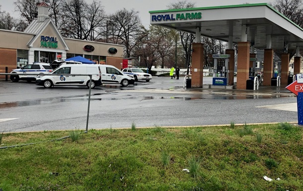 В США неизвестный открыл стрельбу в магазине, двое погибших - СМИ