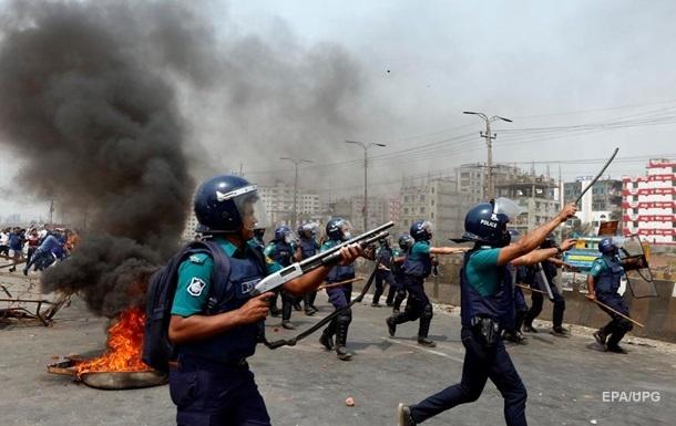 У Бангладеш у зіткненнях з поліцією загинули 11 людей