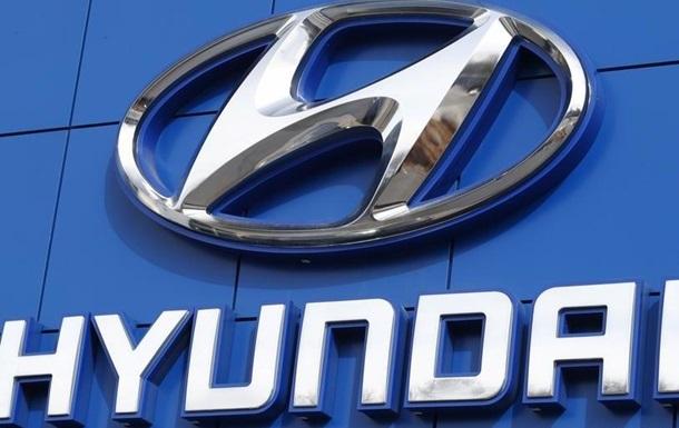 Найбільші автовиробники обмежують роботу заводів