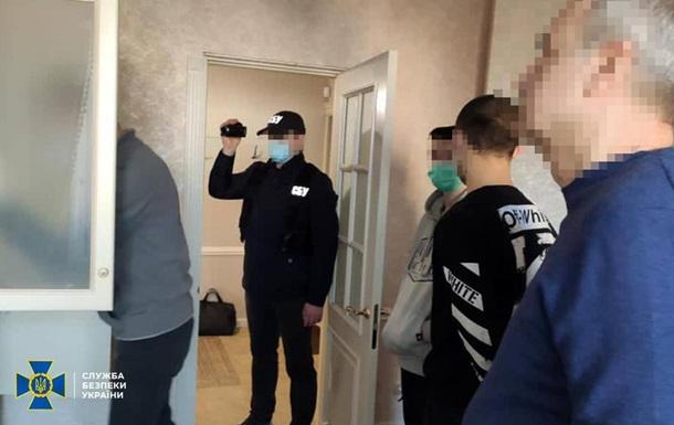 СБУ провела обшуки у справі Українського вибору