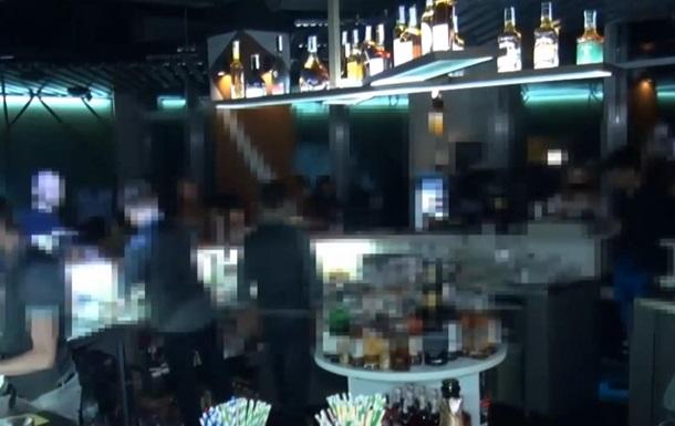 В Запорожье закрыли ночной клуб, нарушавший карантин