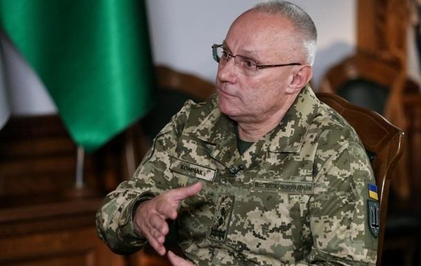 РФ стягує війська до українського кордону - Хомчак