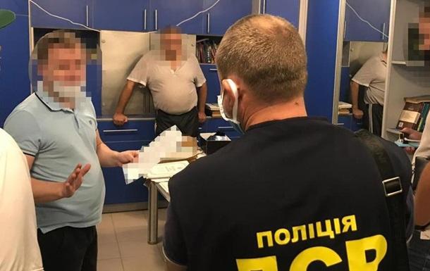 В Одесі розкрили мільйонну шахрайську схему із заволодіння квартирами