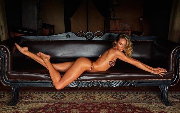 `Ангел` Victoria`s Secret здивувала оголеним фото