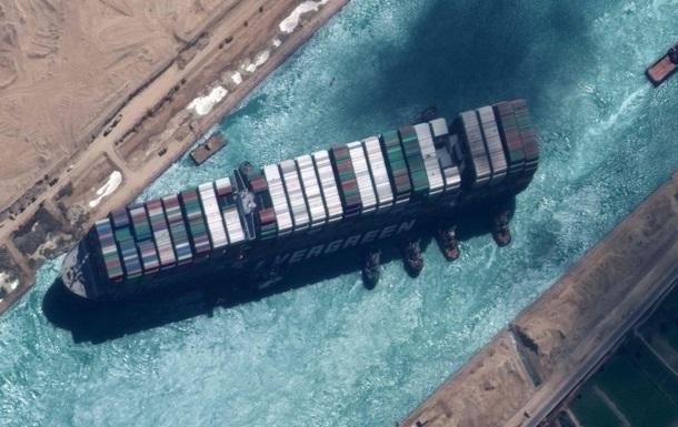 Криза тільки починається. Преса про Суецький канал