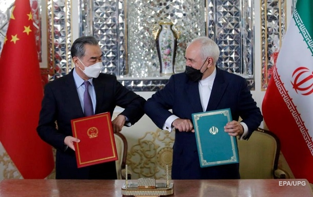 Присмерк США . Стратегічний договір Китаю з Іраном