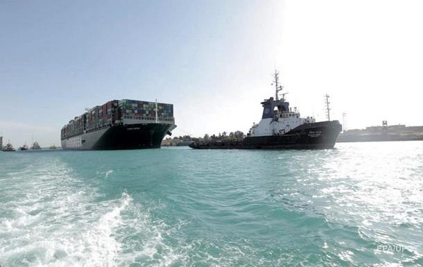 Керівництво Суецького каналу оцінило втрати від  затору