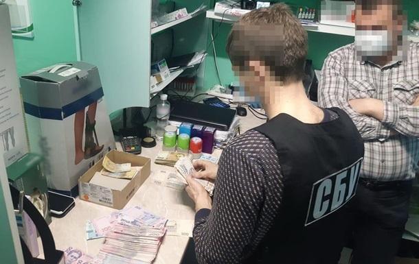 В Запорожье медиков поймали на поборах с пациентов