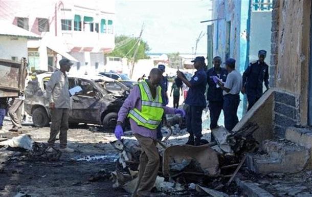 В столице Сомали подорвался смертник, среди погибших ребенок