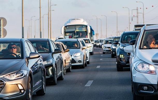 Перший день локдауну в Києві: таксисти підняли ціни