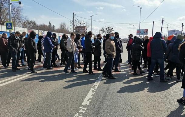У Полтаві перекрили трасу Київ-Харків