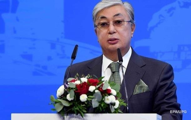 Президент Казахстану щепився вакциною Спутник V