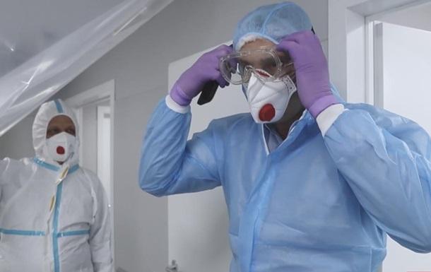 Кличко відвідав переповнену COVID-пацієнтами лікарню