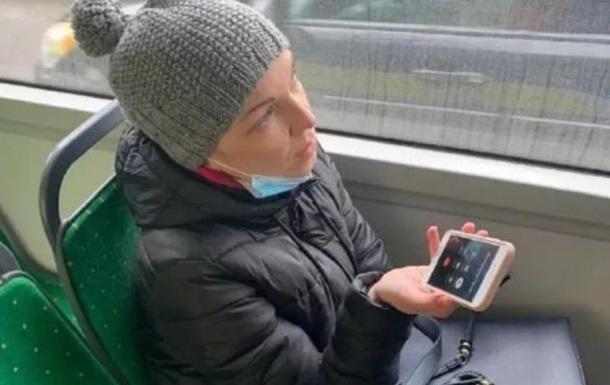 Во Львове депутат пыталась проехать в троллейбусе зайцем