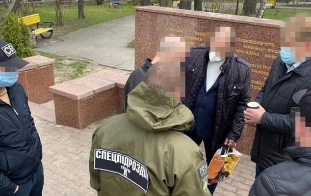 У Чернівцях затримали директора перинатального центру на хабарі в $12 тисяч
