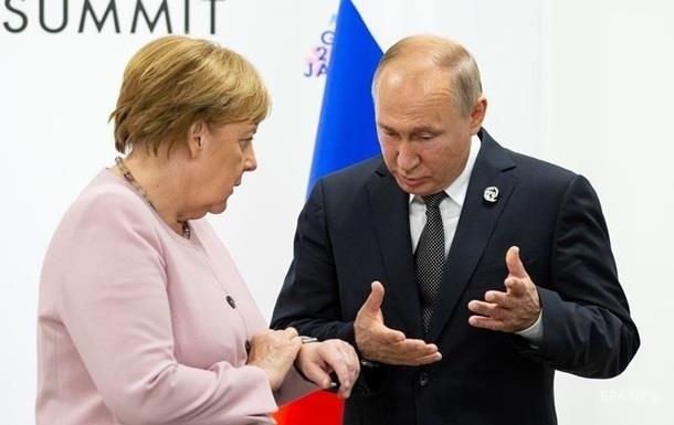 Путін і Меркель обговорили ситуацію на Донбасі