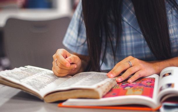В МОН сообщили, сколько школ перешли на дистанционное обучение