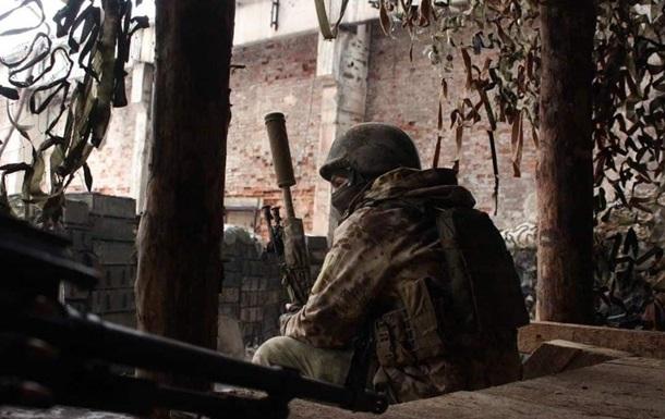 Сутки в ООС: 15 обстрелов, погиб военнослужащий