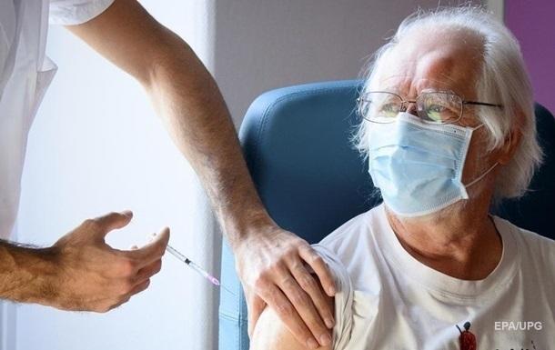 У Швейцарії назвали кількість померлих після COVID-вакцинації