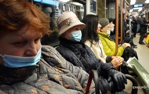 В Украине сократился прирост COVID-заражений