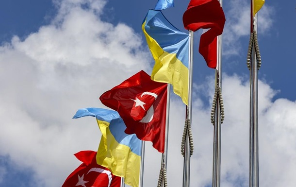 Туреччина побудує в Україні 500 квартир для кримських татар