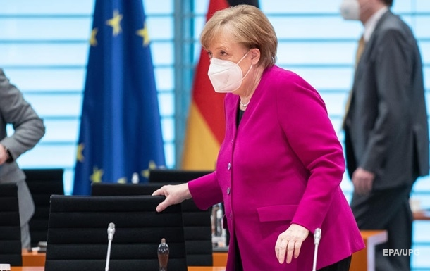 Меркель відбере повноваження у глав регіонів для боротьби з COVID-19