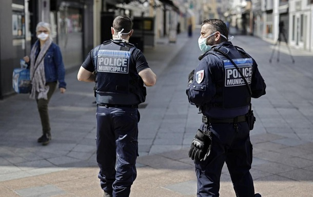 У Парижі біля лікарні сталася стрілянина, є жертви - ЗМІ